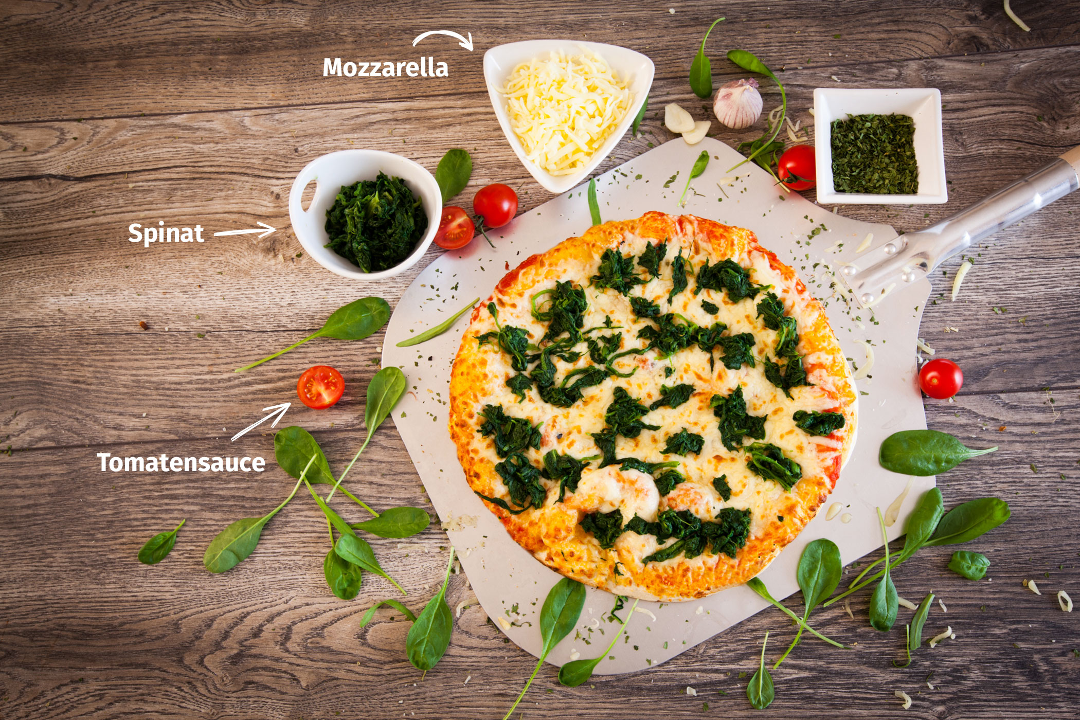 Original Franzesco Pizza Spinat-Mozzarella mit Zutaten
